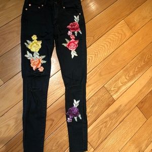 Denim - Floral Embridored Black Jean